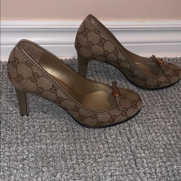 Authentic Gucci canvas heel